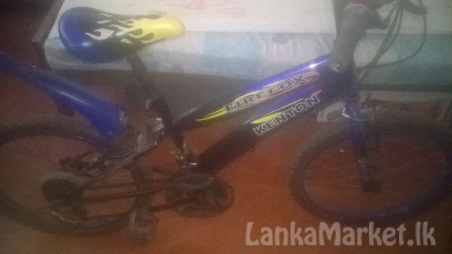 KENTON FIREFOX MOUNTAIN BICYCLE For Sale