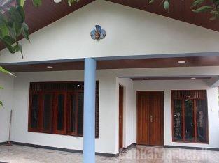 Ja Ela A Complete House for Sale