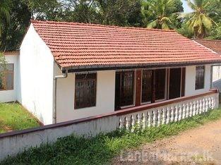 Complete House at Nittambuwa.