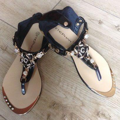 Women sandles for sale