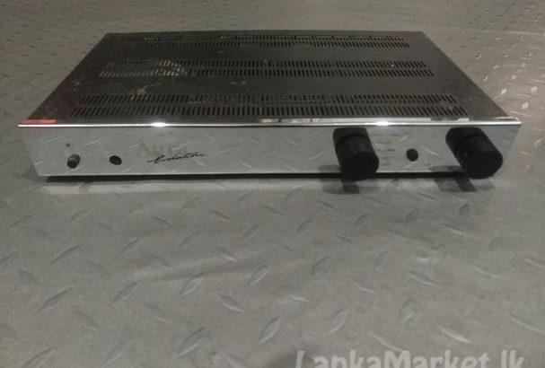 Aura v-100 Amplifier for sale