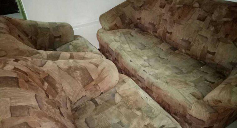 Used damro sofa