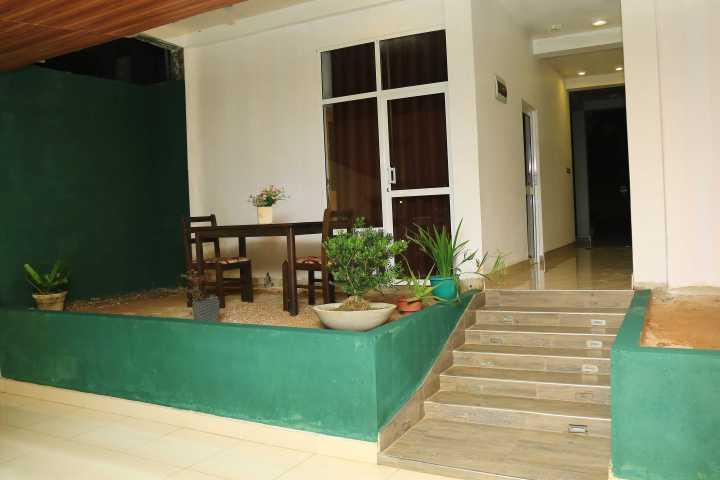 Vila hotel sale Dickwella