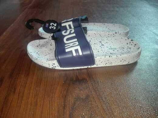 Max footwear