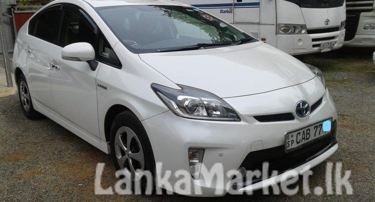 Toyota PRIUS G grade