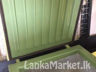 Usha – Deep Freezer – 40 L – 2.5 X 2.5 ft. Used. Brand new compressor / Full inside / beading . Urgent sale. Rs.30.000/- (Negotiable)