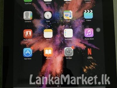 iPad 2 MC773X/A – Wi-Fi/GSM 16GB Black Model