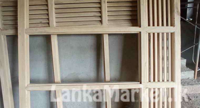 Window frames (අනර්ඝ තත්වයේ බුරුත ජනෙල් උලුවහු )